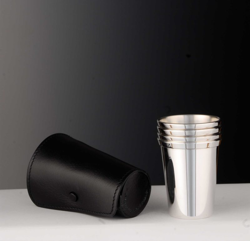 """Set of cups """"14111"""" 4 pieces optional with leather case 